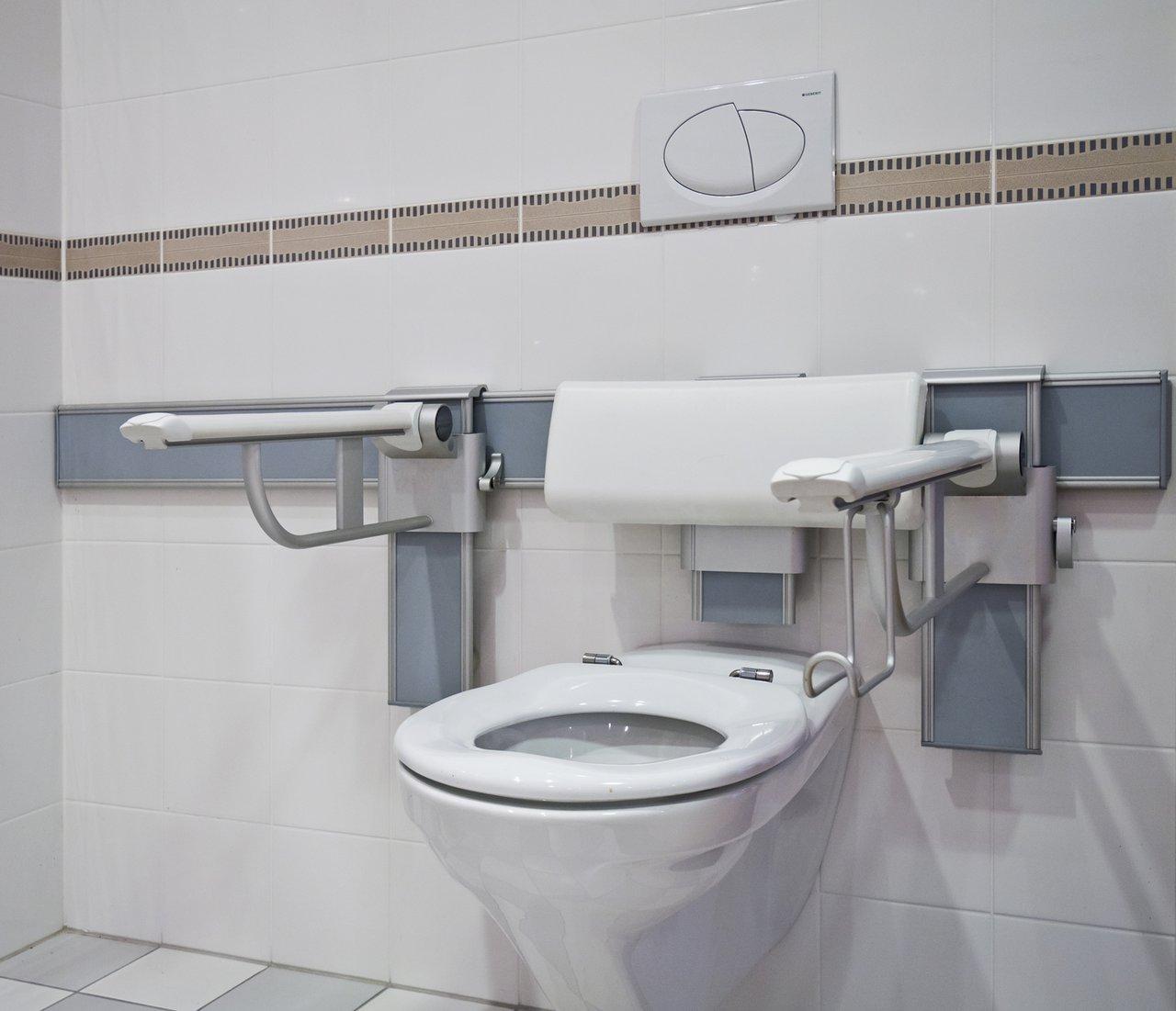 Das barrierefreie Bad - Komfort für alle Benutzer - Sonnenberg ...